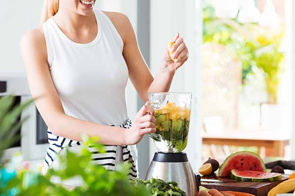 Easy Ways on How to Use a Masticating Juicer
