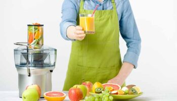 When Was the First Citrus Juicer Invented ?